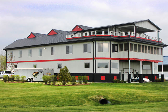 Autobahn Country Club Building