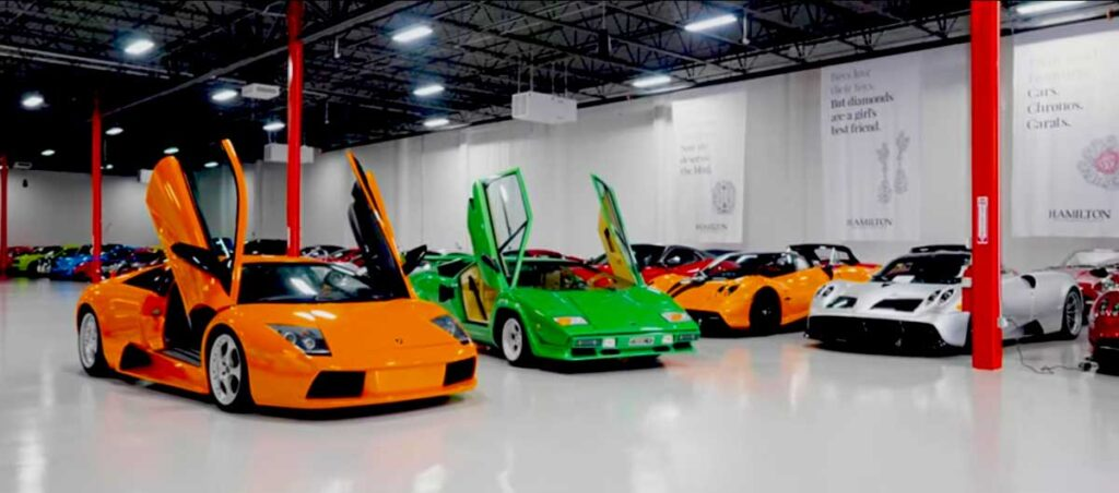 inside view of K2 Motorcars Car Club & Storage Jupiter Florida