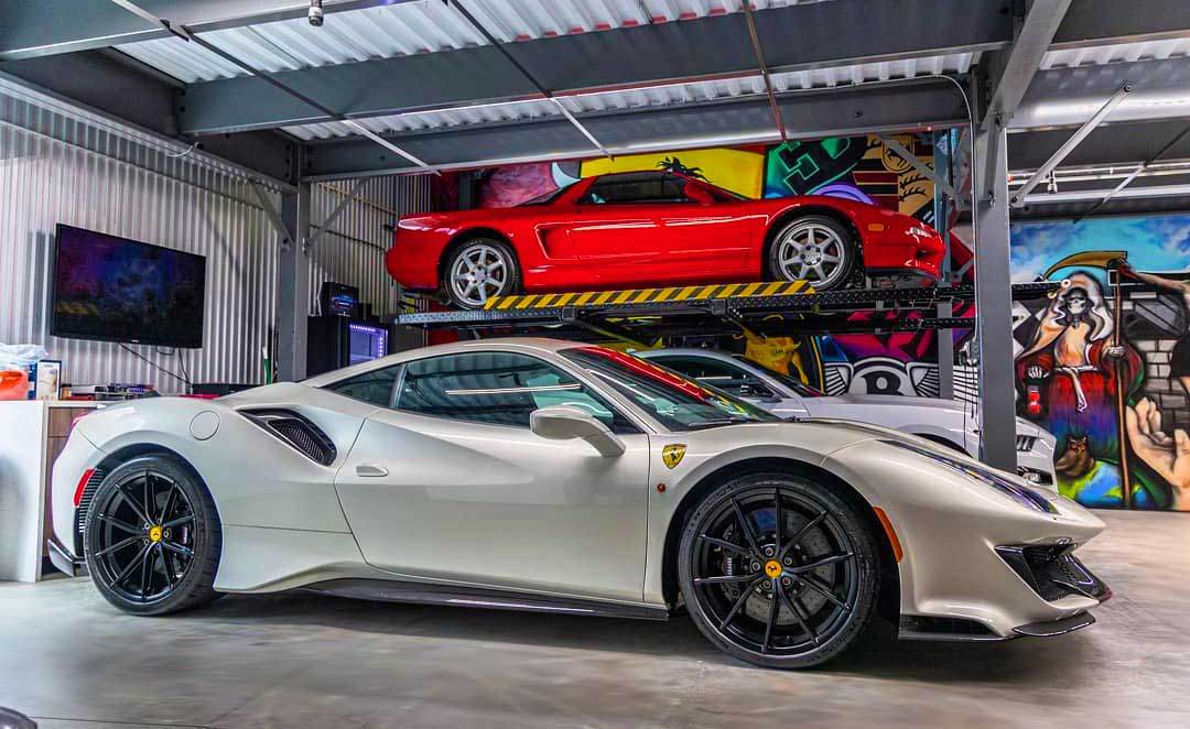 car garage with car lifts