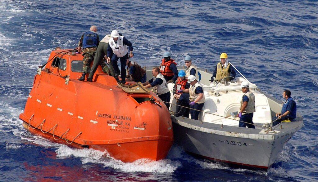 Tom Hanks Captain Philips Rescue Boat
