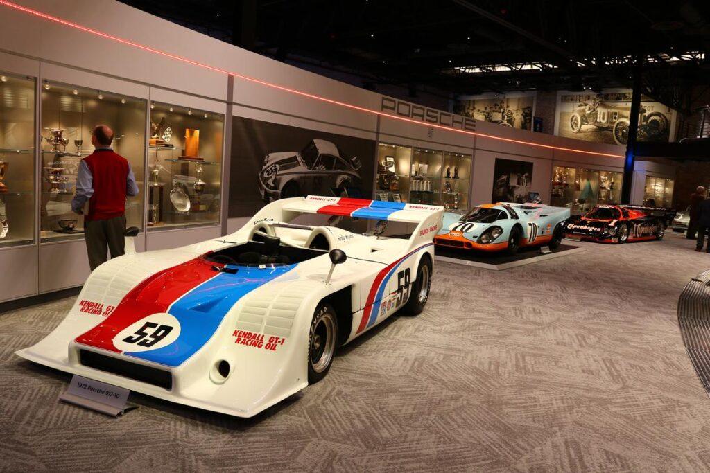 Porsche 917/10 Race Car