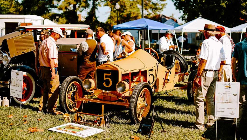 Vintage 1930'2 Race Cars